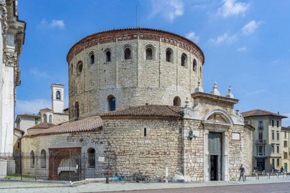 Percorsi da scoprire e assaporare tra i vigneti di Franciacorta, Garda, Colli dei Longobardi e Valle Camonica.