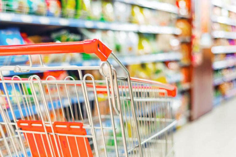 Etichette di fascia medio alta e spumanti incrementano le vendite durante il lockdown. Conferme anche dal biologico, che continua la sua crescita a doppia cifra.