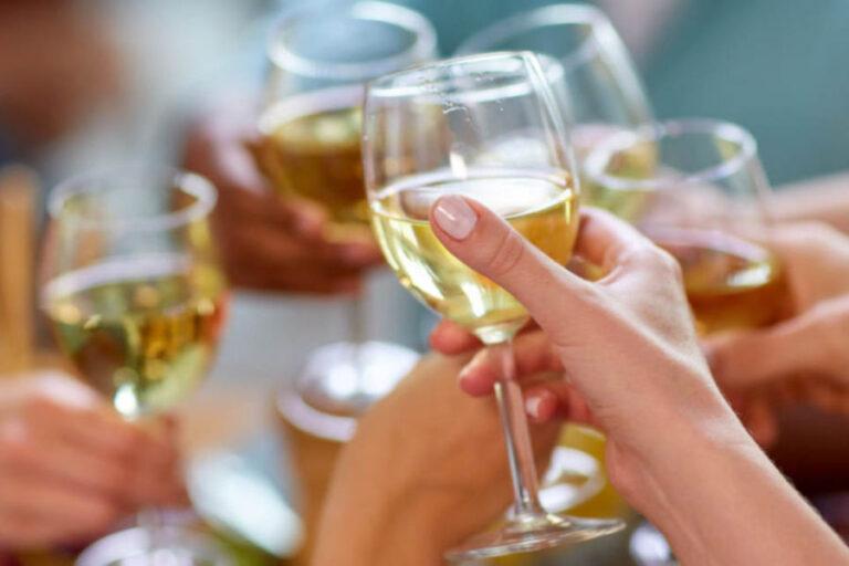 La pandemia ha determinato un'evoluzione nel consumo del Pinot Grigio, che in pochi mesi si trasforma da commodity a domestic wine, aprendosi le porte per un'ulteriore crescita nel suo principale mercato.