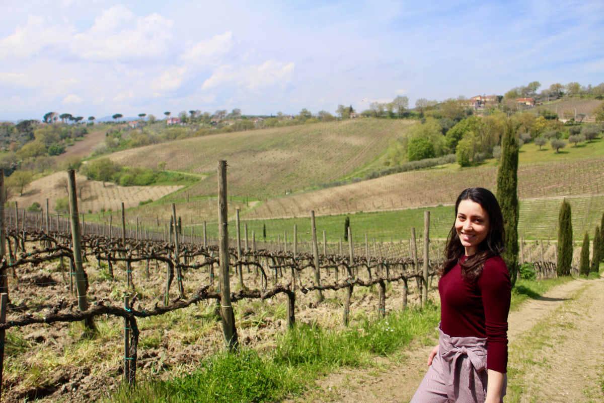 Figlia d'arte, Rosa Moio vive con la sorella Chiara la gestione quotidiana dell'azienda fondata dal padre Luigi.